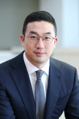 구광모 LG 회장, 지주사 지분 15% 확보…최대주주